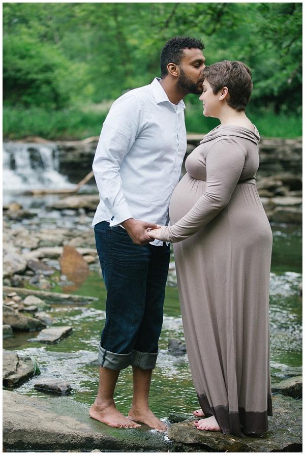 Karthika Gupta - Naperville Family Photographer - Lemont Waterfall Glen Maternity Photos 01